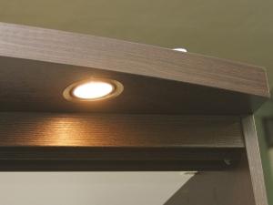 подсветка для шкафа купе
