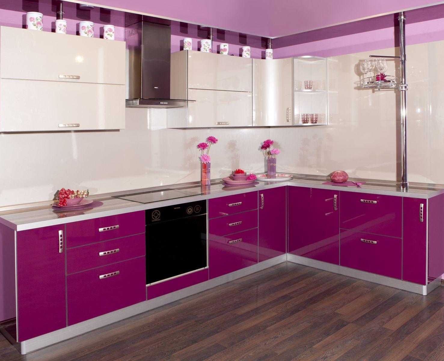 розовая кухня фото
